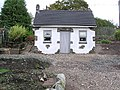 Replica cottage - geograph.org.uk - 70044.jpg