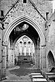 Rock of Cashel interior (26184221273).jpg