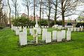 Roeselare Communal Cemetery (19).JPG