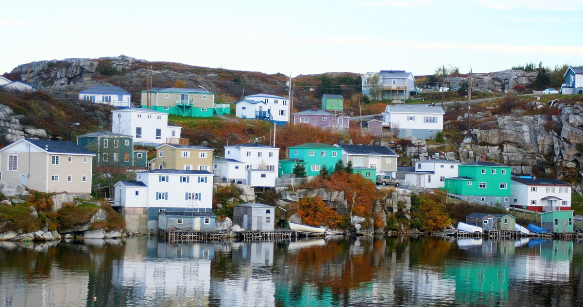 Tourist Accommodations in Rencontre East NL