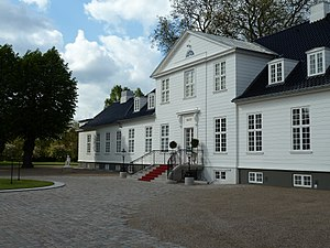 Sølyst, Klampenborg - Sølyst front view