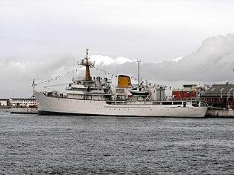 Hecla-class survey vessel - Image: SAS Protea