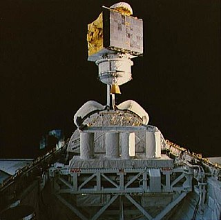 Satcom (satellite) Family of communications satellites