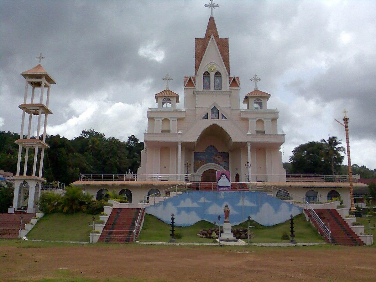 Sacred Heart Church, Mylapra - Wikipedia