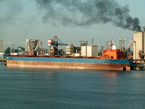 Samos IMO 8023981 p2, Port of Rotterdam, Holland 08-Jul-2006.jpg