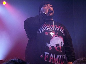 Savage (rapper) - Savage performing in Adelaide, Australia, in June 2007.