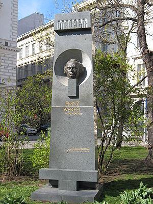 Franz Werfel - Image: Schillerpark 20