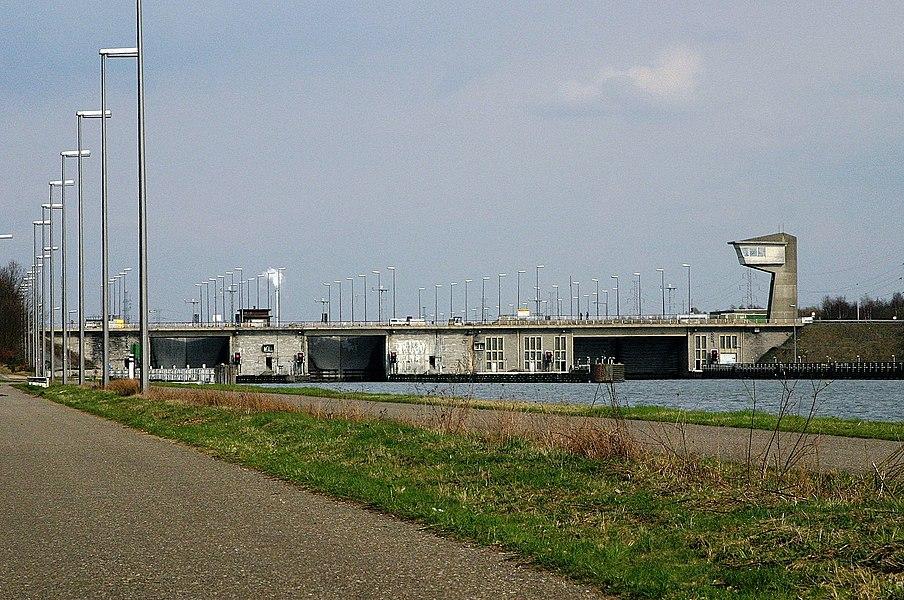 D'Schleis an d'Bréck vun Diepenbeek