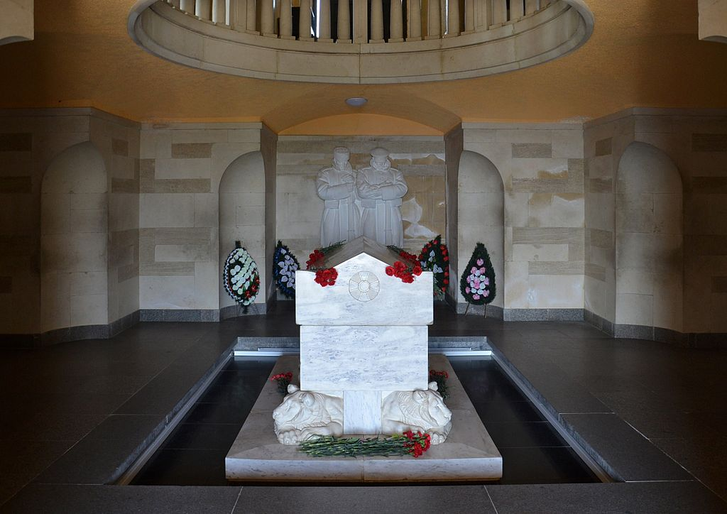 Shipka Memorial - interior