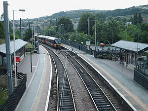 Shipley railway station - Platforms 1 and 2 from the footbridge