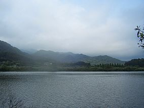 Shuanglian Pond.JPG