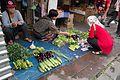Sidewalk farmer's market (26920014823).jpg