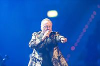 Simple Minds - 2016330224237 2016-11-25 Night of the Proms - Sven - 1D X - 0751 - DV3P2891 mod.jpg