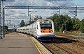 Sm6-7053, Финляндия, Кюменлааксо, станция Коувола (Trainpix 146568).jpg