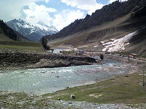 Sonamarg - Nallah Sindh at Nilgrar Sonmarg