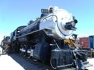 Arizona Railway Museum - Image: Southern Pacific Railroad Locomotive No. SP 2562