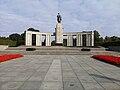 Soviet Cenotaph in Berlin-Tiergarten 01.jpg