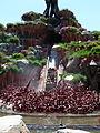 Splash Mountain, Tokyo Disneyland (9409908130).jpg