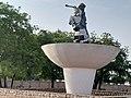Statue de Bio Guéra à Parakou.jpg