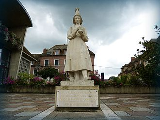 Marie Harel - Replacement statue