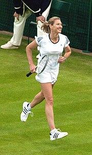Steffi Graf (Wimbledon 2009) 7