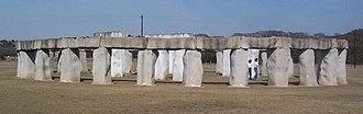 Stonehenge II - Wikipedia