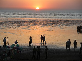 Valsad - Image: Sun Down at Tithal beach