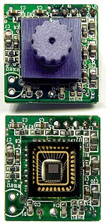 Sweex USB webcam PCB with without lens close up.jpg