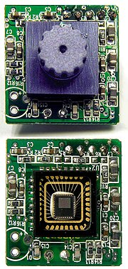 180px Sweex USB webcam PCB with without lens close up