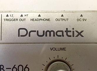 Roland TR-606 - Trigger outputs