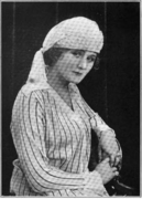 Tasseled toque of Yo-San silk and chenille embroidery 1917.png