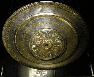 Morgantina treasure - Phiale with 12 rays