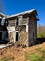The Old Shelton Farmhouse, Speedwell, NC (47379139332).jpg
