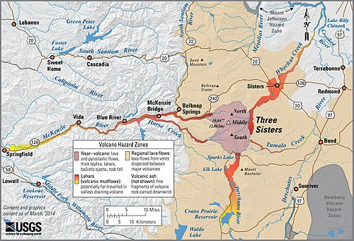 Map showing high lava risk immediately near the volcanoes, with risk of lahars flowing down rivers to towns nearby