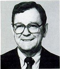 Tom Luken 101st Congress 1989.jpg