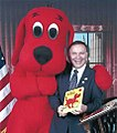 Tom Tancredo with Clifford the Big Red Dog.jpg