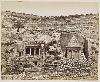 Tomb of Benei Hezir - 1870 photo by Felix Bonfils: Tombeau de saint Jacques et de Zacharie