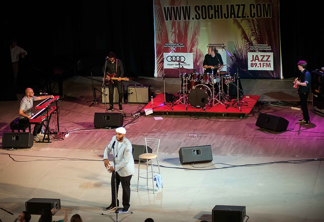 Tony Momrelle Band 30.jpg