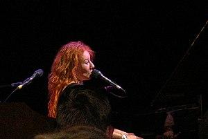 English: Tori Amos in concert in Frankfurt, Ge...