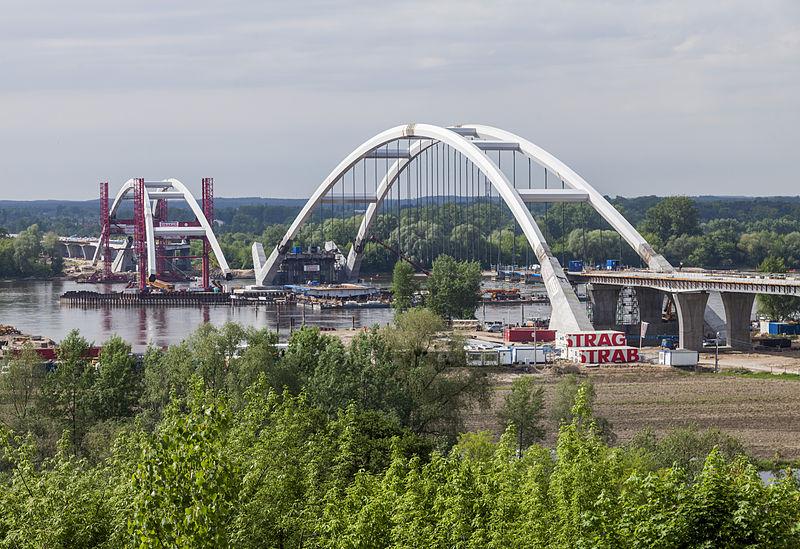 Torun budowa mostu Zawackiej 2013-05-20.jpg