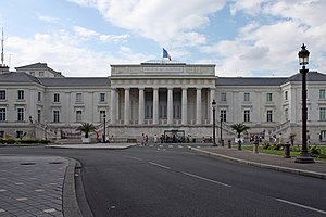 English: The courthouse of Tours. Français : L...