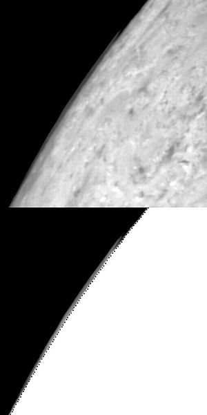 Atmosphere of Triton - A cloud over the limb of Triton, taken by Voyager 2