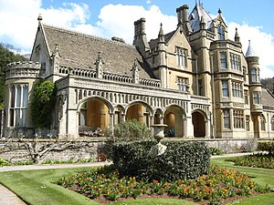 Hide (Doctor Who) - Tyntesfield House, which was used as a filming location of the mansion.