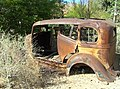 U.S. Route 66 in Arizona - rusty car.jpg