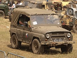 UAZ 469 (1970) (owner David Richardson) pic4.JPG