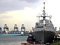 US Navy 100327-N-5346R-002 USS Freedom (LCS 1) is moored at Vasco Nunez de Balboa Naval Base.jpg