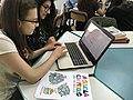 Una classe liceale al lavoro sui progetti Wikimedia 02.jpg