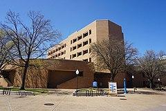Université du Texas à Arlington mars 2021 095 (Nedderman Hall) .jpg