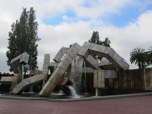 Vaillancourt Fountain - Vaillancourt Fountain, Justin Herman Plaza SF