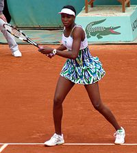 Venus Williams at the 2009 French Open 1.jpg